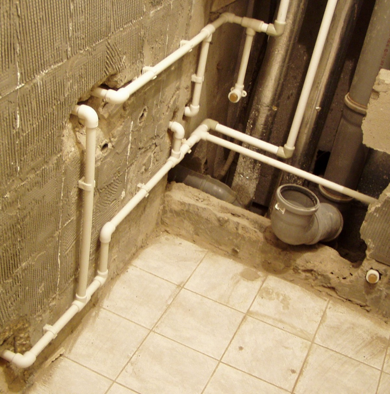 Разводка труб водопровода и канализации своими руками